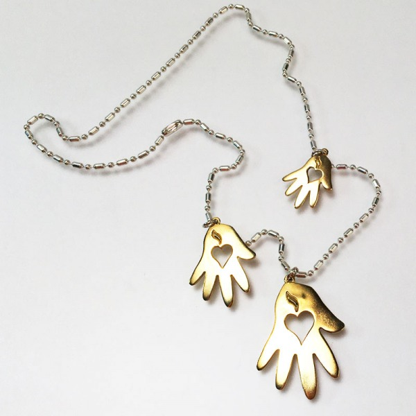 Helping Hand Chain Necklace Bronze