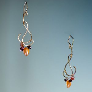 Nadia Bouvardia Small Earrings